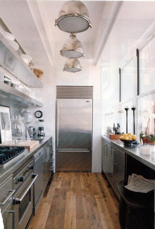 маленькая кухня в индустриальном стиле