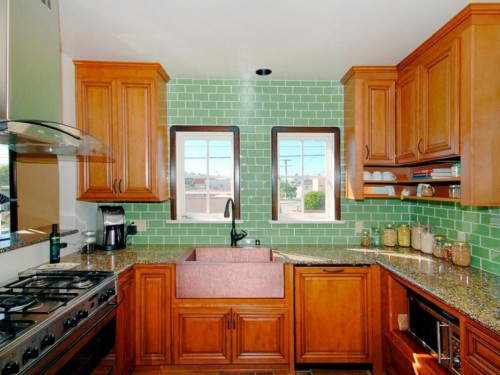 Griffin-green-spanish-kitchen
