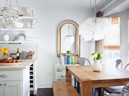 белая кухня в стиле глэм