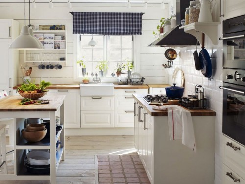 светлая кухня кантри