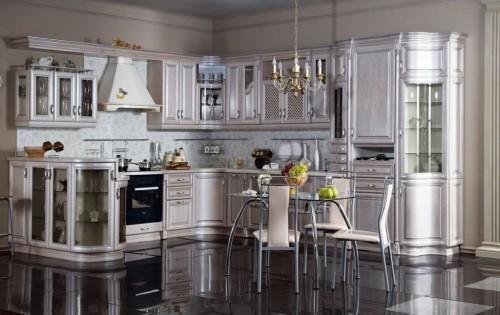жемчужная светлая классическая кухня
