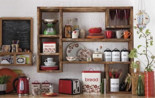 Деревянные кухонные шкафы в этническом стиле