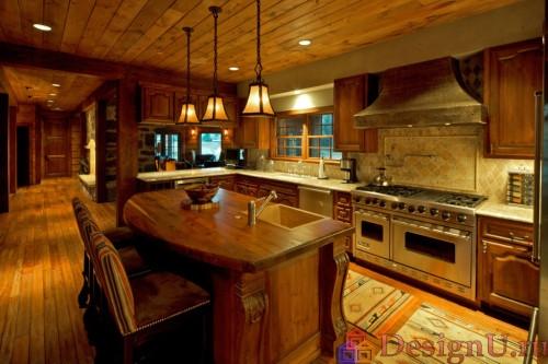 интерьер кухни с островом в стиле шале