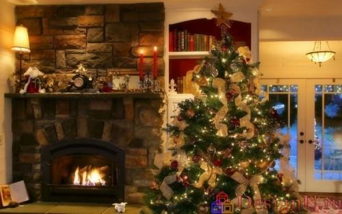 новогодняя елка с камином