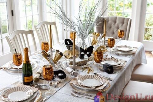 сервировка новогоднего стола свечи шампанское