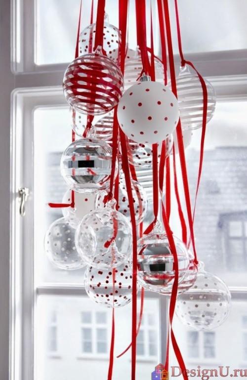шары на окне