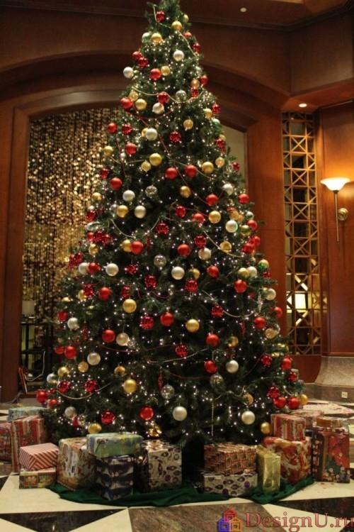 украшение большой новогодней елки